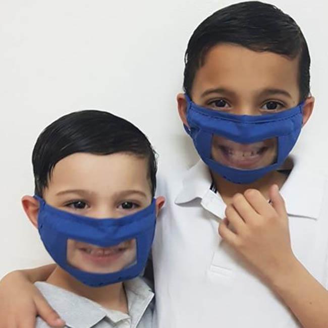 מסכת פנים לילדים לתקשורת בין אישית